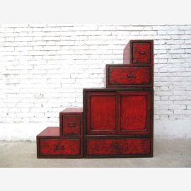 China kleine Treppen Kommode rotbraun viele Schubladen beidseitig aufstellbar unter Schraegen