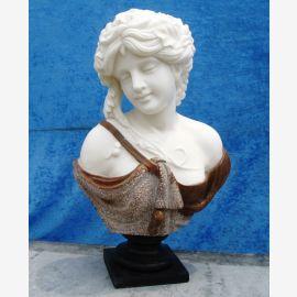 Skulptur weibliche Büste auf Sockel weißer und brauner Marmor Klassik