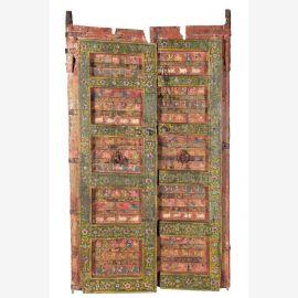 Aufwendig bemalte Holztür aus Rajasthan