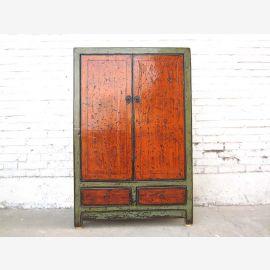 Asien Kommode Kredenz halbhoch rostrote Türen antikgrüner Korpus vintage Holz