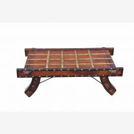 INDIA Rajasthan beeindruckende Holzcouchtisch aus alten Ochsenkarren gemacht