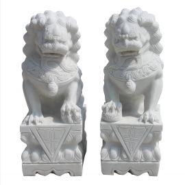 Weisser Marmor Fu Dog Paar Tempel Loewen Waechter  Bildhauerarbeit
