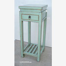 natürlicher Holztisch aus China in Used-Look Optik in Mintgrün