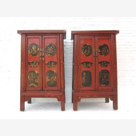 Chinesischer Schrank aus tadellosem Holz, traditionelle Farben