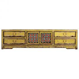 Chinesisches Lowboard aus robustem Holz mit aufwendigen Details