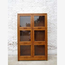 Edle hohe Glasvitrine  aus China  Sammlerschrank Kabinett holzfarbene Pinie
